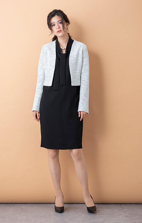STOCK SALE【Fi/Fille invincible】ノーカラーワンピーススーツ 9〜13 【48-712000】